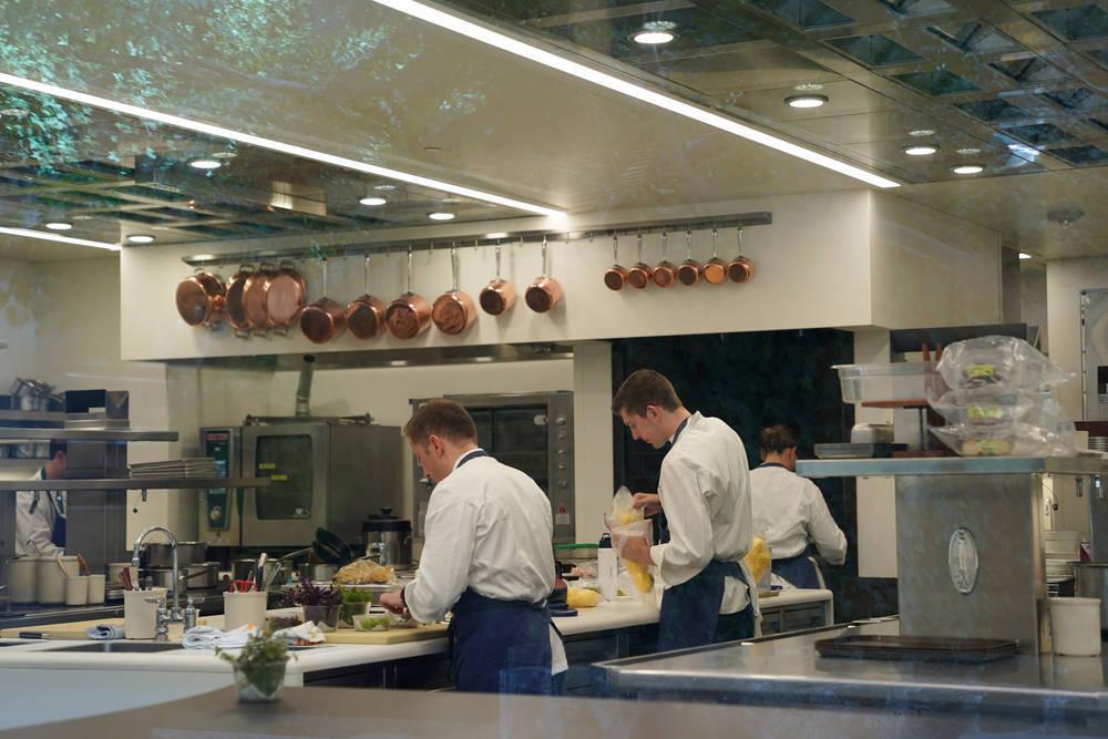 Un restaurante vasco gana el primer y único estrellato de la ciudad condal